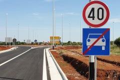 Standardni saobraćajni znakovi 03
