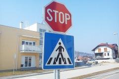 Standardni saobraćajni znakovi 04