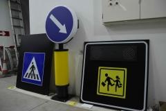 Saobraćajni znakovi sa unutrašnjim osvetljenjem 34