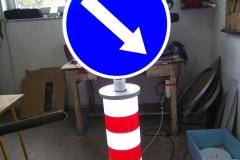 Saobraćajni znakovi sa unutrašnjim osvetljenjem 42