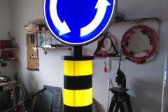 Saobraćajni znakovi sa unutrašnjim osvetljenjem 48