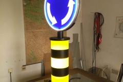 Saobraćajni znakovi sa unutrašnjim osvetljenjem 49