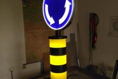 Saobraćajni znakovi sa unutrašnjim osvetljenjem 50